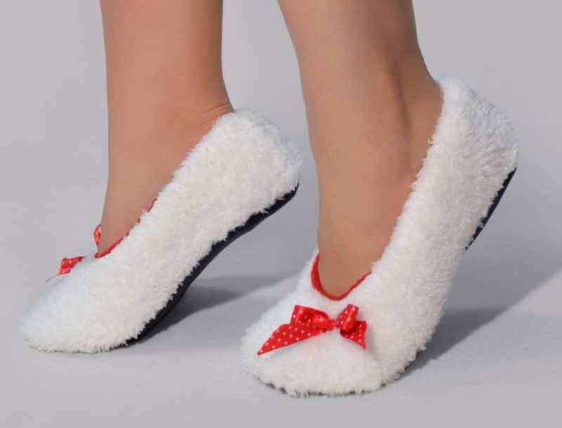 Носите исключительно свою обувь, даже дома